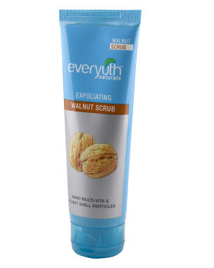 Everyuth Naturals Exfoliating Walnut Scrub With Nano Multi Vit A