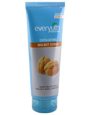 Everyuth Naturals Exfoliating Walnut Scrub With Nano Multi Vit A