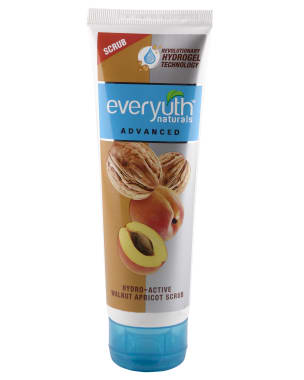 Everyuth Naturals Advanced Hydrating & Exfoliating Walnut Apricot Scrub