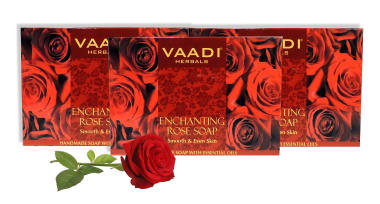 Vaadi Herbals Value Pack Of 3 Enchanting Rose Soap With Mulberry Extract (75gm Each)