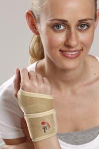 Tynor J-03 Wrist Brace with Thumb (Neoprene) Universal